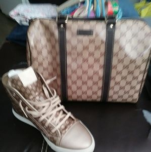 Authenic Gucci purse & Gymshoes